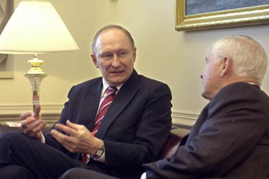 Estonian Minister of Defense Jaak Aaviksoo (left) expresses his views on the threat of cyber terrorism during his discussions with Secretary of Defense Robert M. Gates in the Pentagon on Nov. 28, 2007.   DoD photo by R. D. Ward (Released)