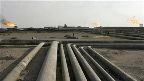 BP and the China National Petroleum Corp (CNPC) consortium  have struck a deal and won the right to work on Rumaila, Iraq's biggest producing oilfield with reserves of 17 billion barrels.
